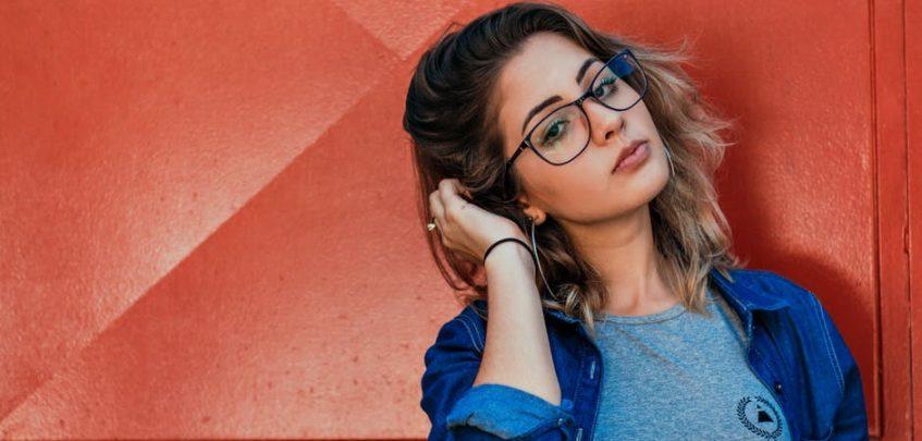 Tendência de cores de óculos